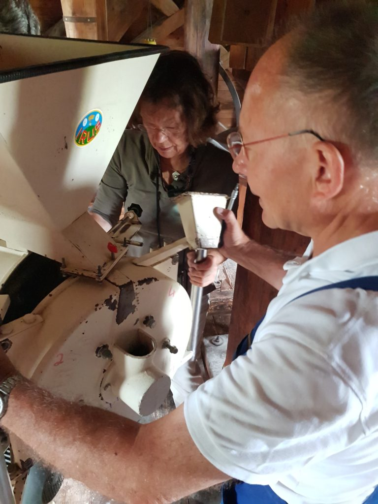 Reparatur der Schrotmühle
